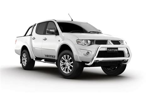 mitsubishi triton 2014 2015 mitsubishi triton glx r warrior back on sale from