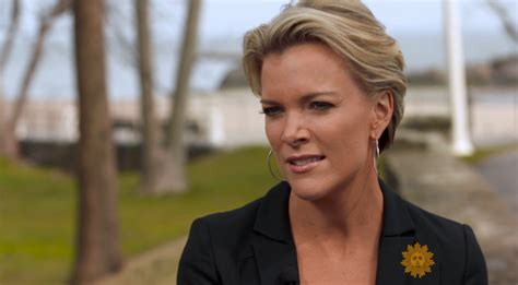 men on twitter whined about megyn kelly s hair last night kelly trump threatened to bully me on twitter for