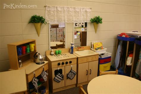 best 25 kids play kitchen ideas on pinterest best 25 preschool kitchen center ideas on pinterest