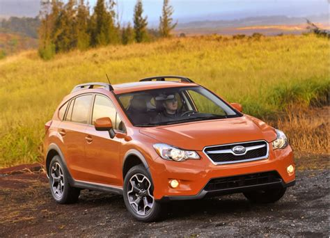 subaru xv crosstrek 2015 subaru xv crosstrek gets more features refinement