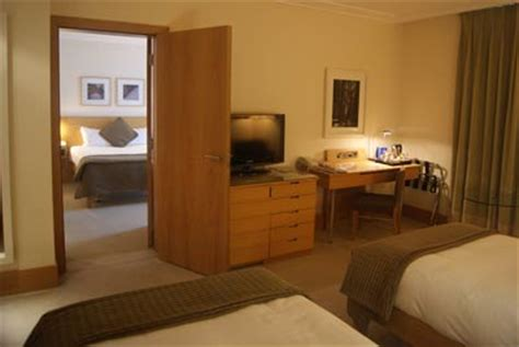 adjoining hotel rooms gatwick south terminal stays for less