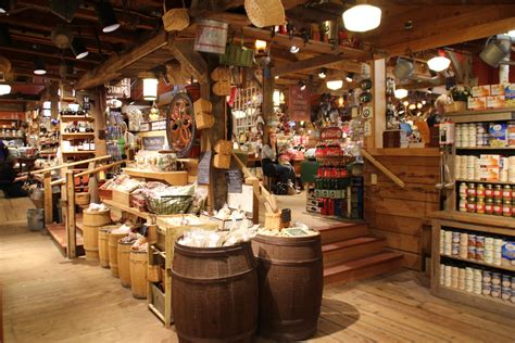 Home Decor Stores In Usa by The Mr Hunter Wall Shopping At The Vermont Country Store