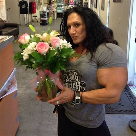 female bodybuilder tonia moore is looking for love