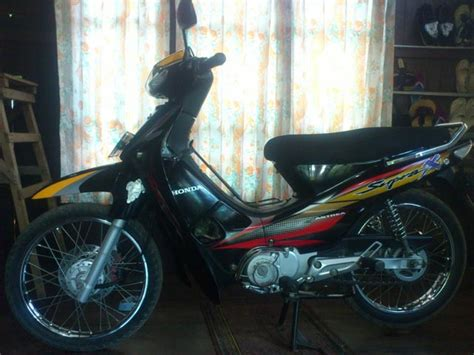 Sparepart Honda Supra X 100cc modif striping supra x 100 cc black biar til muda