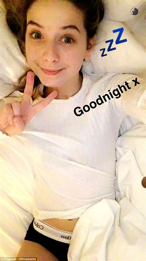 Barker Beds Zoella Reveals Her New Grey Hair Just Days After Posting A
