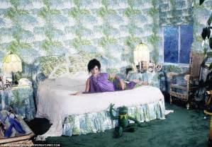 Home Decor Magazine Online elton john and rod stewart s homes among 1970 s home decor