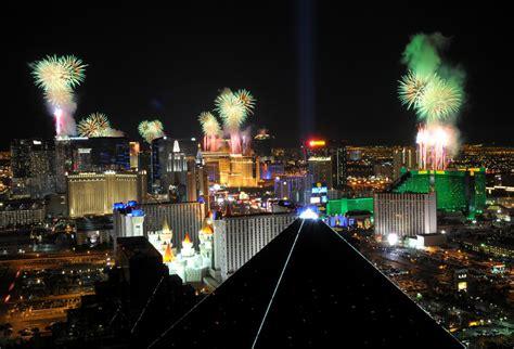 new year mountain las vegas 2015 ラスベガスのおすすめ注目イベント8選 2015年
