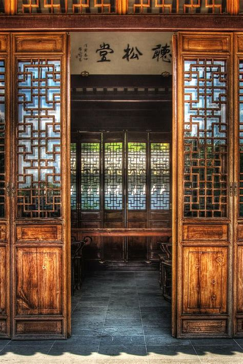 orient door  temple doors ancient chinese