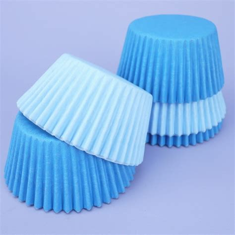 Cake Cases 70mm Base 30mm Bunga pack of 60 pale blue mid blue cupcake cases