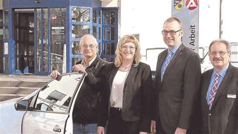 Auto Vom Jobcenter by Kreisweites Projekt Jobcenter Verleiht Vier Autos F 252 R