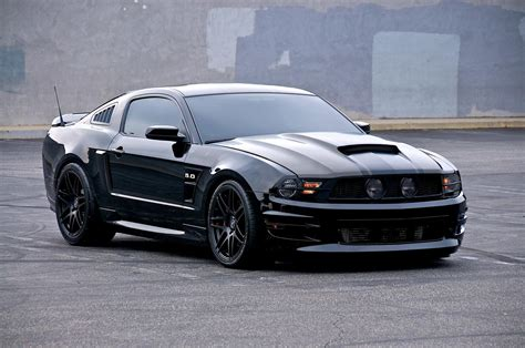 top 20 mustangs 2011 ford mustang v8 5 0 gt cs black