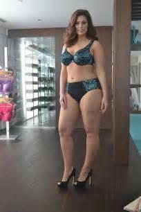 plus size model ashley graham for addition elle fitness