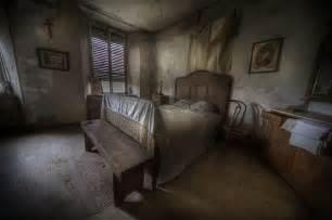 Creepy bedroom related keywords amp suggestions creepy bedroom long