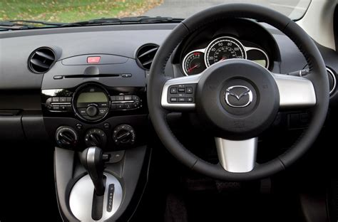 Auto Matic Car by How To Drive An Automatic Car A Dummy S Guide Rac Drive