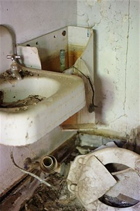bathroom bomber keith moon bathroom bomber neatorama