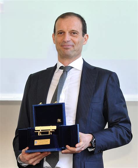 panchina d oro panchina d oro a massimiliano allegri sportmediaset foto 1