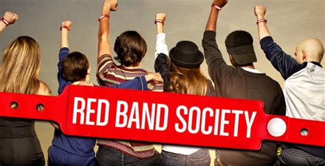 'Red Band Society' ratings drop for episode 2