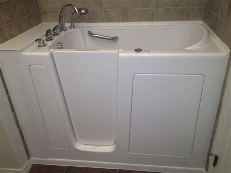 Walk In Bathtub Installation by New York Walk In Tubs Before And After Ny Walk In Bathtubs