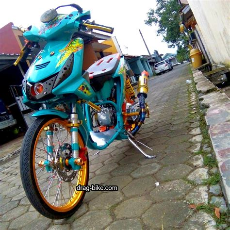 modifikasi motor racing 50 foto gambar modifikasi beat kontes racing jari