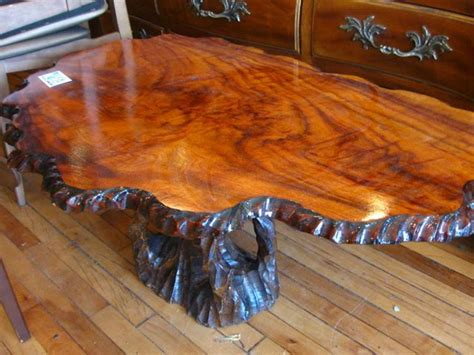 Classic Style Solid Rustic Tree Trunk Coffee Table Design with Clear Finish   Furniture. Stump