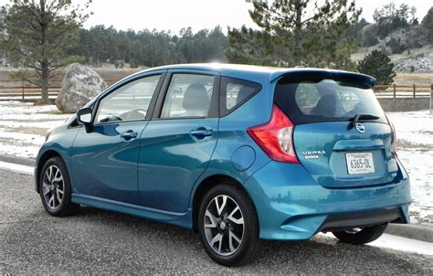 nissan versa note 2015 2015 nissan versa note interior review aaron on autos