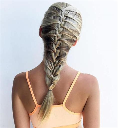 how to keep braids from coming a loose at ends 20 magical ways to style a mermaid braid