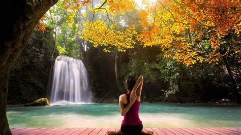 imagenes de yoga para relajarse descargar 2048x1152 hatha yoga verde modelo de mujer