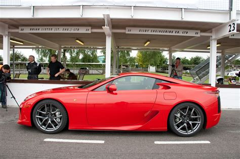 lfa lexus red new videos of red lfa in action clublexus lexus