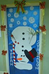 Christmas door decorating contest school ideas pinterest
