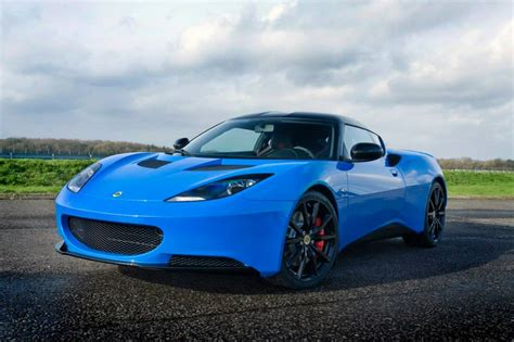 the lotus daytona photo of the day daytona blue lotus evora sports racer