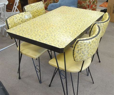 formica kitchen table and chairs 230 best dinette sets images on retro