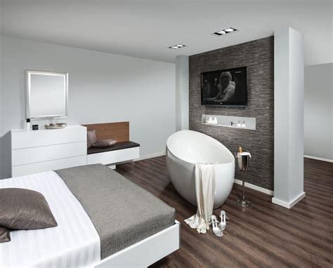 schlafzimmer mit bad schlafzimmer p max ma 223 m 246 bel tischlerqualit 228 t aus