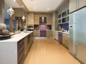 corridor kitchen renbow