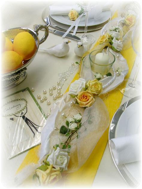 Tischdeko Hochzeit Gelb by 1 2m Gesteck Gelb Wei 223 Hochzeit Kommunion Konfirmation