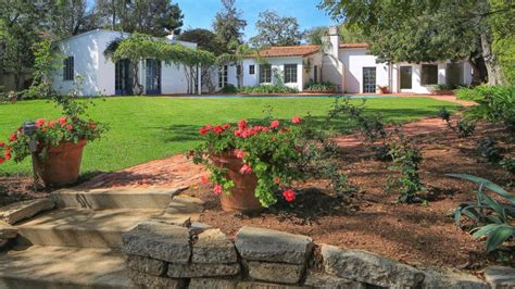the monroe house marilyn monroe s last home where she died selling for 6 9m