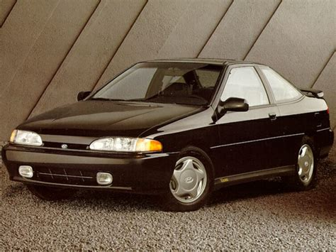 how to sell used cars 1992 hyundai scoupe regenerative braking 1992 hyundai scoupe specs safety rating mpg carsdirect