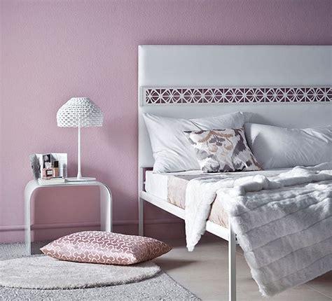 donne al letto i colori relax per la da letto donna moderna