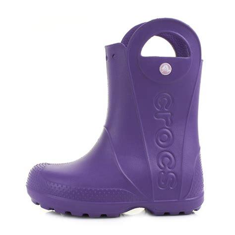 crocs handle it boots crocs handle it ultraviolet wellies wellington