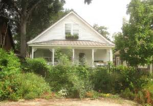 the other houston bungalow cottage gardens