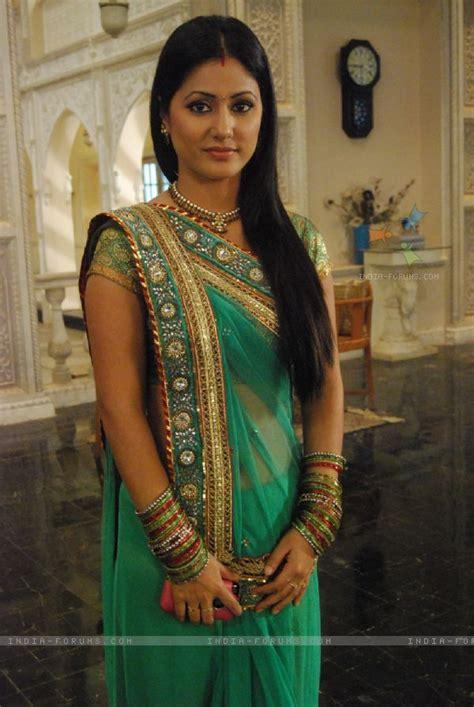 akshara wedding hairstyle hina khan hina khan as akshara tv actors and saree