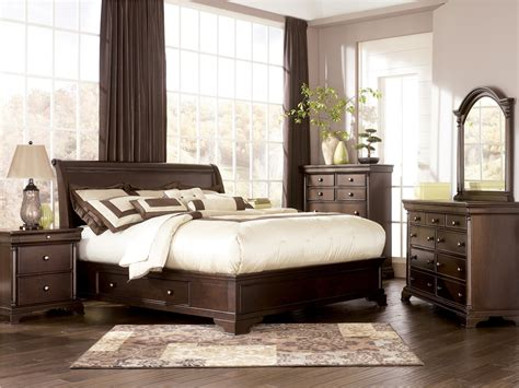 leighton sleigh bedroom set ashley furniture leighton sleigh bedroom set b577 54 57