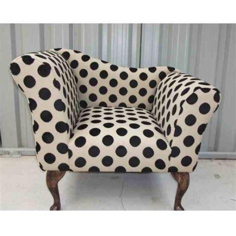 polka dot armchair 31 best polka dots images on pinterest armchairs polka