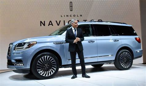 Ford Stock Forecast 2020 by Ford S All New 2018 Lincoln Navigator Is A Challenge To