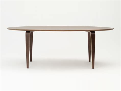 oval dining room tables buy the cherner dining table oval at nest co uk