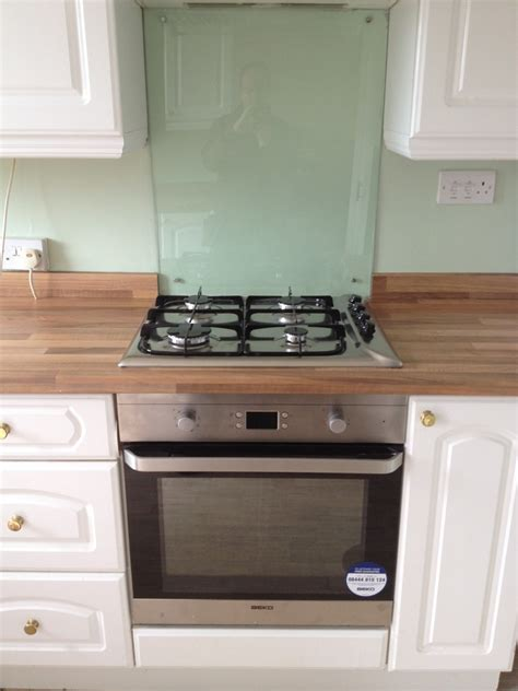 Kitchen Hob Splashback by Handyman Craft 100 Feedback Handyman Bathroom Fitter