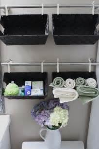 Pics photos diy bathroom baskets