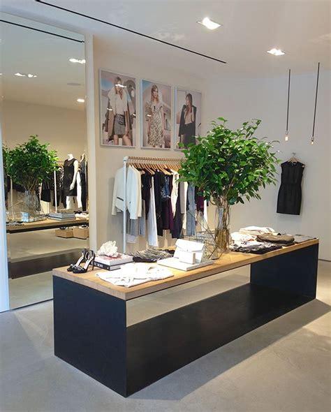 Retail Counter Design Ideas by 51 Best Retail Design Counters Images On Retail Counter Receptions And Reception