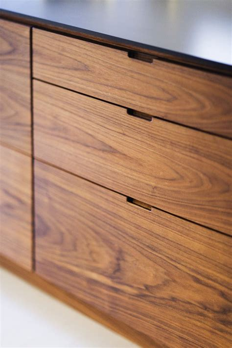 kitchen cabinets without hardware 1000 ideas about cabinet handles on pull