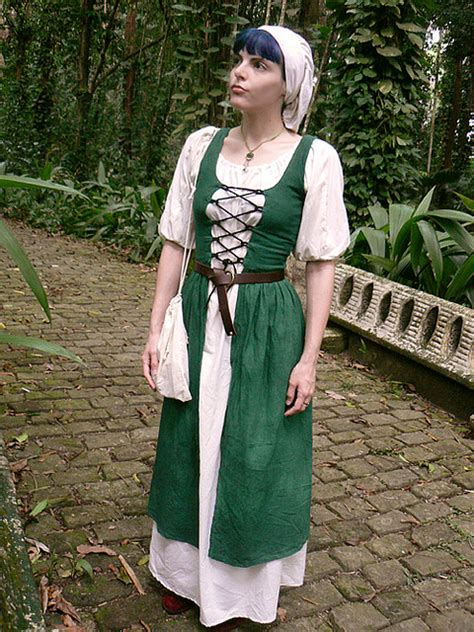 sewing patterns ireland irish dress irish clothing clothing patterns and medieval