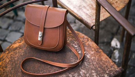 Handmade Leather Accessories - giudice roma handmade italian leather bags and